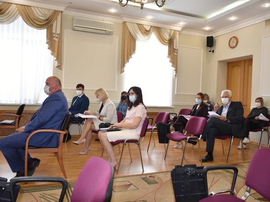 Власти Орла озвучили причину блокировки счетов учреждений образования