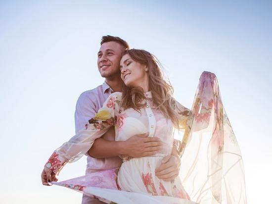 Большая и счастливая любовь ждет три знака зодиака в сентябре