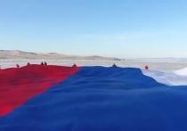 Глава Карачаево-Черкесии: Под флагом России объединяются народы