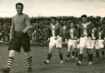 700 дней осталось до 100-летнего юбилея московского футбольного «Локомотива» — 3-кратного чемпиона страны, на заре своего существования выступавшего также под именами «Казанка» и КОР