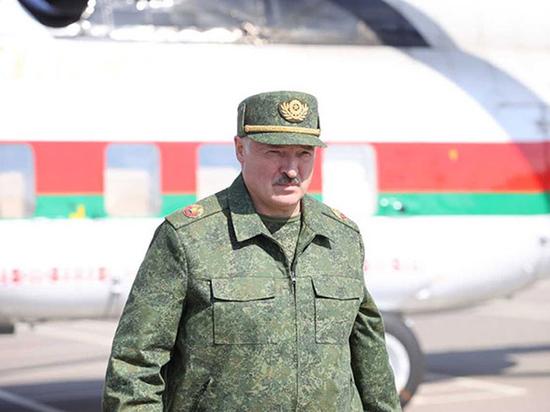 Белорусские политологи раскритиковали советчиков президента