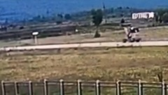 Водитель погрузчика в Приангарье переехал двух знакомых, катая их в ковше