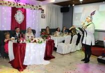 Как сахалинцы свадьбы играют