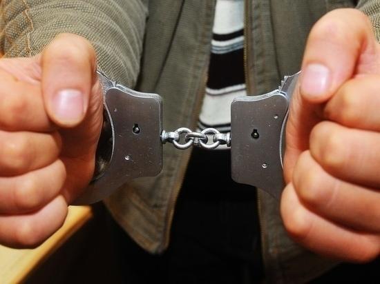 В Тарко-Сале двое мужчин затащили собутыльницу в расселенный дом и изнасиловали