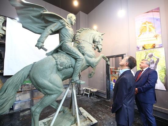 Этот монумент будет установлен на набережной в Феодосии