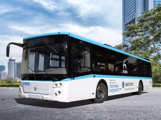 Безопасный для окружающей среды транспорт работает на сжиженном природном газе