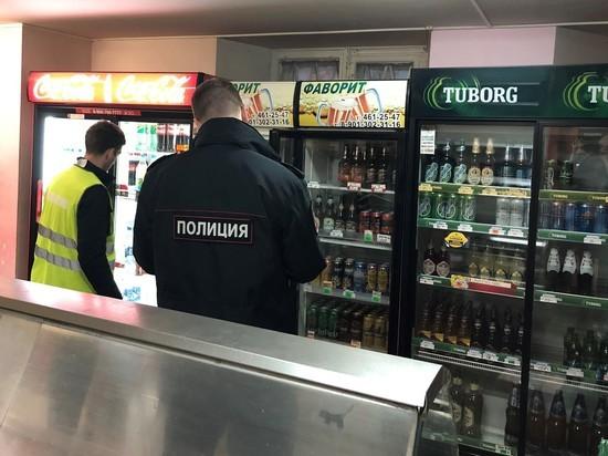 Антиалкогольный закон отложили: в Петербурге он не работает