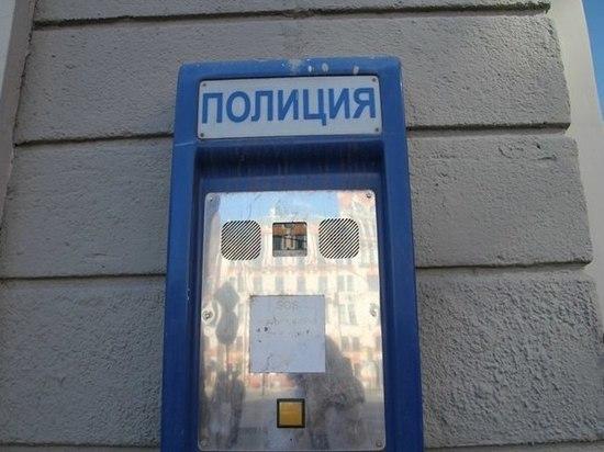 Из квартиры бизнесвумен в Ленобласти вынесли 8 миллионов рублей