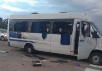 На трассе Киев-Харьков расстреляли автобус движения