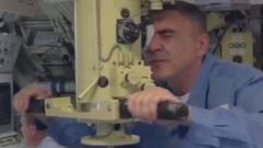 """Минобороны показало учения на атомной подлодке """"Омск"""" неподалеку от Аляски: видео"""