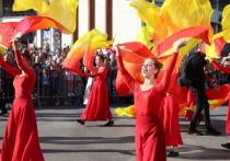 В Калуге прошел праздничный карнавал