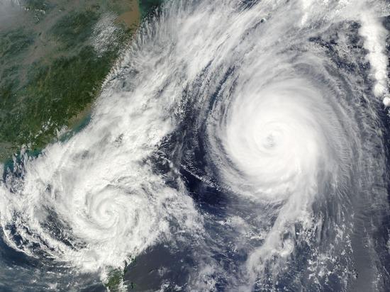 """В США до 16 человек выросло число жертв урагана """"Лаура"""""""