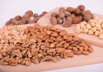 Для того, чтобы извлечь из орехов максимальную пользу, перед употреблением их необходимо активизировать, заявила нутрициолог, основатель подмосковной Детокс-студии Татьяна Скирда