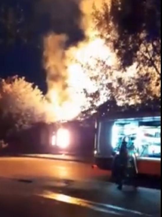На Большой Федоровской в Ярославле сгорел жилой дом