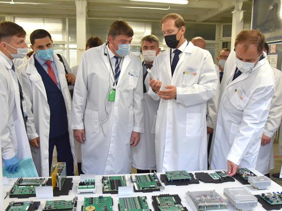 Чувашию в очередной раз посетил министр промышленности и торговли РФ Денис Мантуров