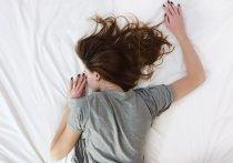 Влияет ли COVID-19 на сон? Сталкиваются ли заболевшие коронавирусной инфекцией с красивыми снами или по ночам их мучают кошмары? Как вообще влияет пандемия на психическое благополучие людей? Ответы на эти вопросы ищут участники многонациональной группы исследователей из Финляндии, Великобритании и австралийского Университета Монаш
