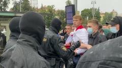 Жесткие задержания протестующих студентов в Минске сняли на видео