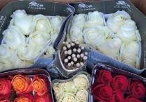 Более 2 млн цветов прошли через границу в Псковской области накануне 1 сентября