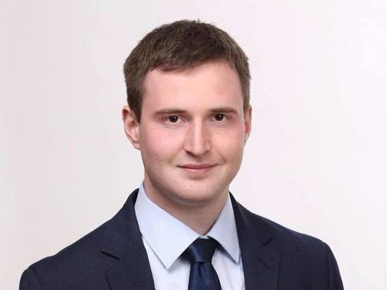 Главу «Альянса учителей» в Петербурге уволили из школы за «аморальный поступок»