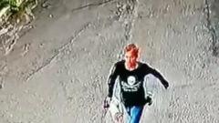В Иркутске ищут парня, ограбившего пенсионера
