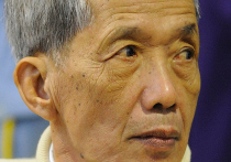 Один из лидеров «красных кхмеров» Канг Кек Иеу (более известный как «товарищ Дуч»), руководивший пытками и убийствами тысяч камбоджийцев в печально известной тюрьме Туольсленг, скончался в среду в возрасте 77 лет
