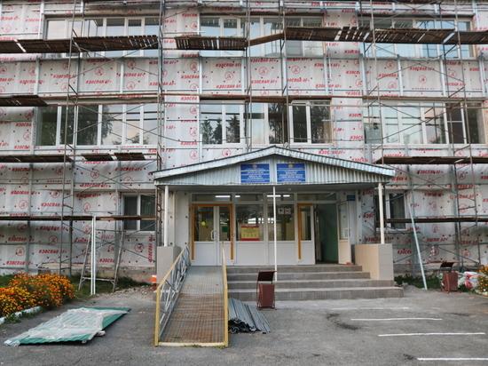 Минстрой Чувашии возьмет под усиленный контроль завершение ремонта в Вурнарской школе