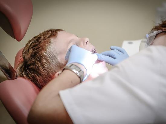 В Ленобласти ребенок проглотил стоматологический инструмент, врача будут судить