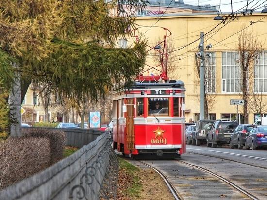 В Петербурге возобновляет работу «Первый туристический» маршрут