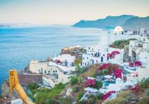 Греция решила пускать российских туристов по электронной квоте