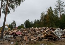 В Ноябрьске начался снос аварийных домов