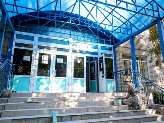 В Волгограде капитальный ремонт спортшколы № 1 завершат к 1 ноября