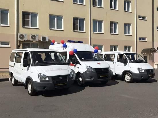 Металлоинвест передал Губкинской ЦРБ новые автомобили