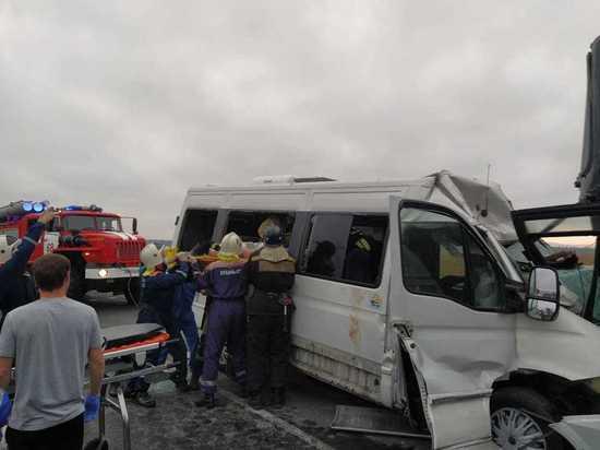Под Анапой столкнулись два пассажирских автобуса, есть пострадавшие