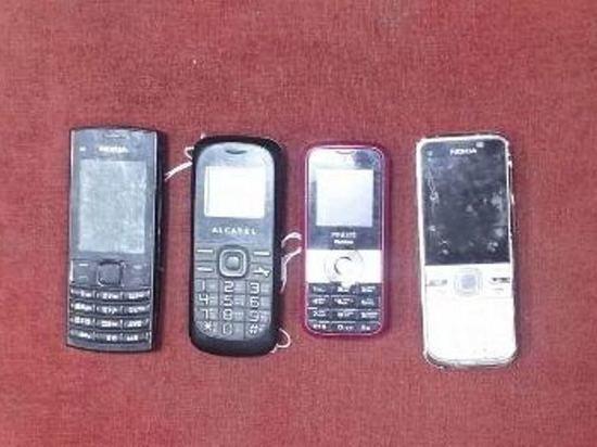Сотрудники УФСИН пресекли попытку передать в одну из ивановских колоний мобильники в банках с кашей