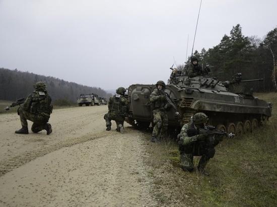 Украинские военные на советских БМП-2 действовали за  «вероятного противника»
