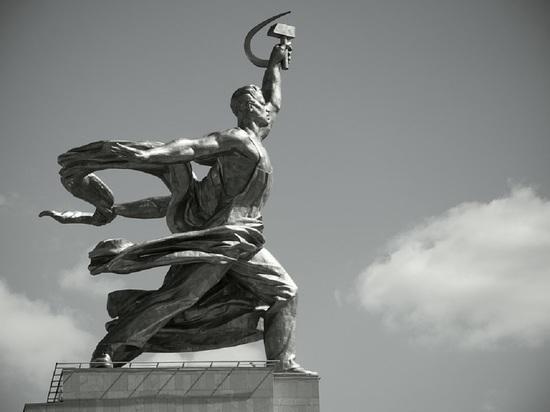 Назад в СССР: как наживаются на ностальгии по Союзу в Алтайском крае
