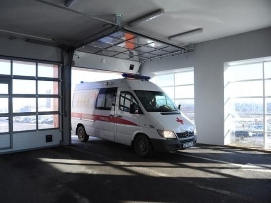 В Волгограде лихач без прав на светофоре врезался в «Киа Серато»