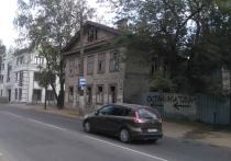 Мы уже рассказали, что можно и нужно посмотреть в Старой Ладоге и Великом Новгороде, а также в Валдае и Торжке