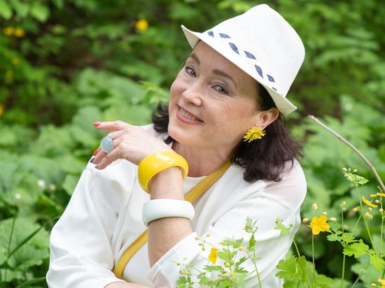 Ольга Казачиева на пенсии, но, когда её видишь, трудно в это поверить