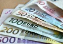Курс евро в понедельник, 7 сентября, превысил 90 рублей