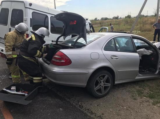 12 человек пострадали в ДТП с маршруткой в Кабардино-Балкарии