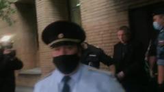 Михаила Ефремова увезли из суда: кадры от автозака