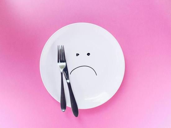 Эндокринолог назвал опасные последствия голодных диет