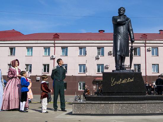 Памятник Чайковскому торжественно открыли в Ижевске