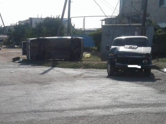 Не поделив дорогу в Волгоградской области, оба водителя попали в больницу