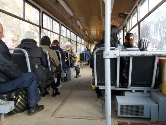 По Смоленску пошли дополнительные трамваи
