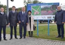 Шаманов отметил, создание сквера символизирует связь поколений между ветеранами и молодыми десантниками, а также является данью памяти погибшим защитникам Отечества