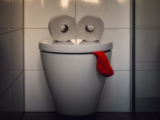 Россиянка нашла скрытую камеру в туалете Мариинского театра