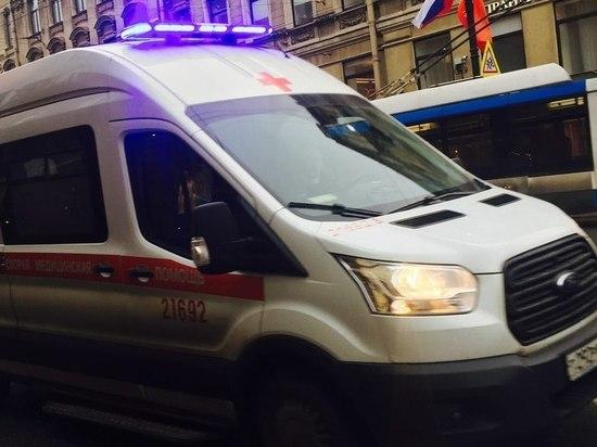 Автобус сбил пешехода на площади Победы