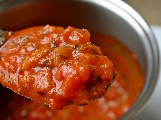 Как волгоградцам приготовить сербский соус айвар